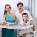 Участник шоу «Студия СОЮЗ» на ТНТ Артем Муратов купил квартиру с видом на особняк Филиппа Киркорова
