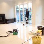 Плюсы и минусы профессиональных клининговых услуг после ремонта квартиры